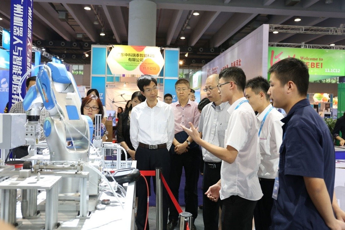 Robot of Greatoo Was Shown in China (Guangzhou) International Intelligent Equipment & Robot Expo