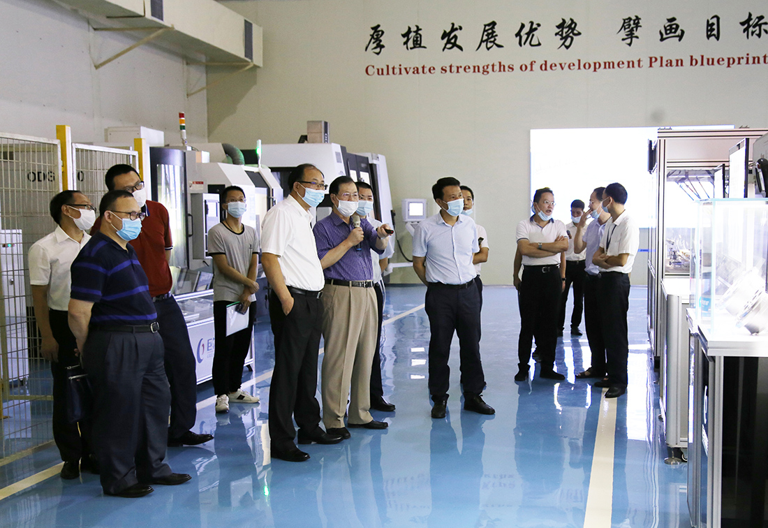 Li Xinquan, Deputy Director of the Department of Human Resources and Social Security of Guangdong Province, and His Entourage Visited Greatoo for Investigation